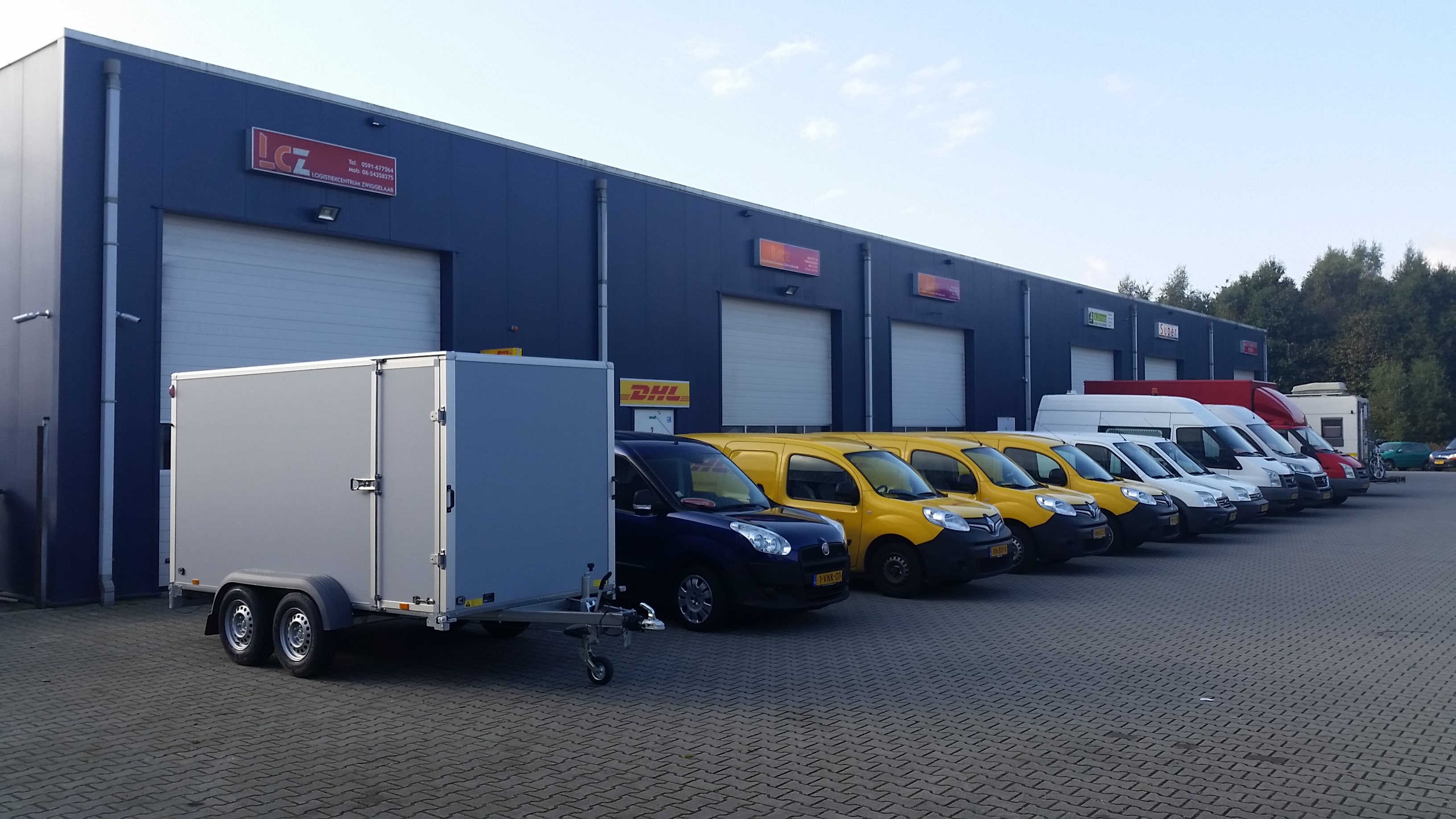 http://logistiekcentrumzwiggelaar.nl/wp-content/uploads/2016/10/logistiek-centrum-zwiggelaar-8.jpg